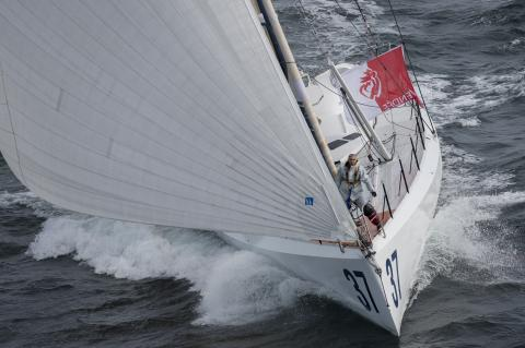 U.S. sailor in Vendee Globe has rounded the Cape of Good Hope